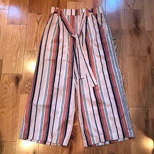 Wide leg cropped Zara Pants